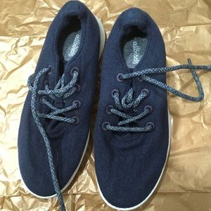 Allbirds size 9 classic blue lace up